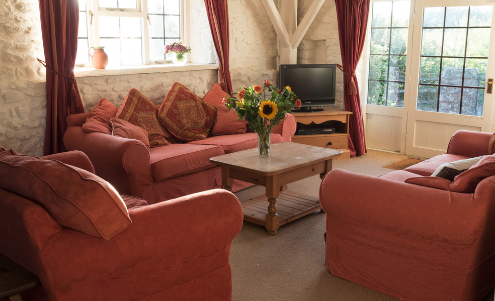 Sitting room in Dairy cottage self catering for large groups