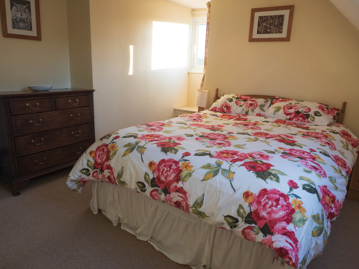 Double bedroom in Dairy cottage.  Self catering for large group holidays in Devon