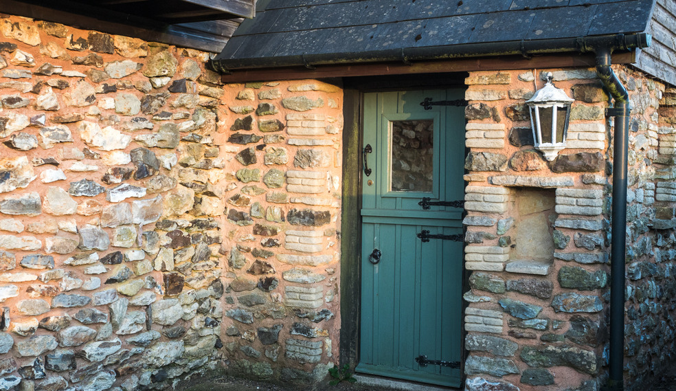 Dairy cottage entrance for self catering in Devon for large groups