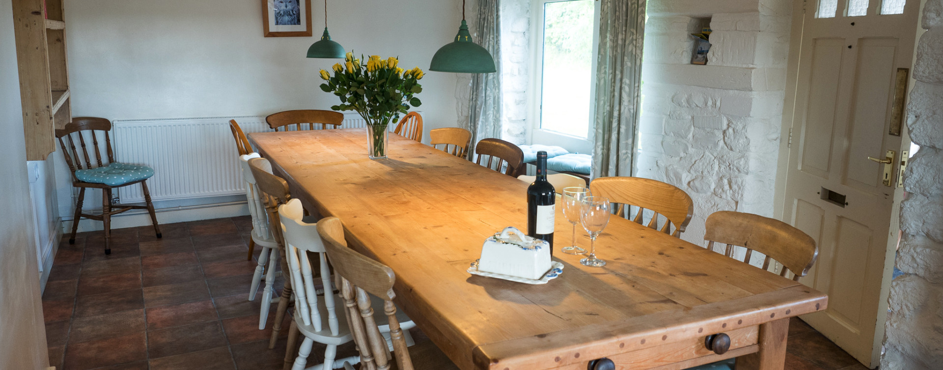 Spacious kitchen in Higher Westcott for self catering large groups inDevon