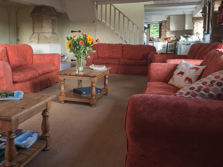Spacious sitting room in Higher Westcott. Self catering cottage for large group holidays in Devon